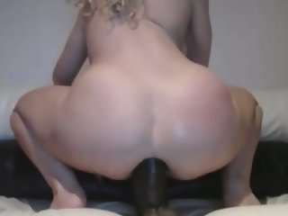 Blonde schoolgirl uses huge..